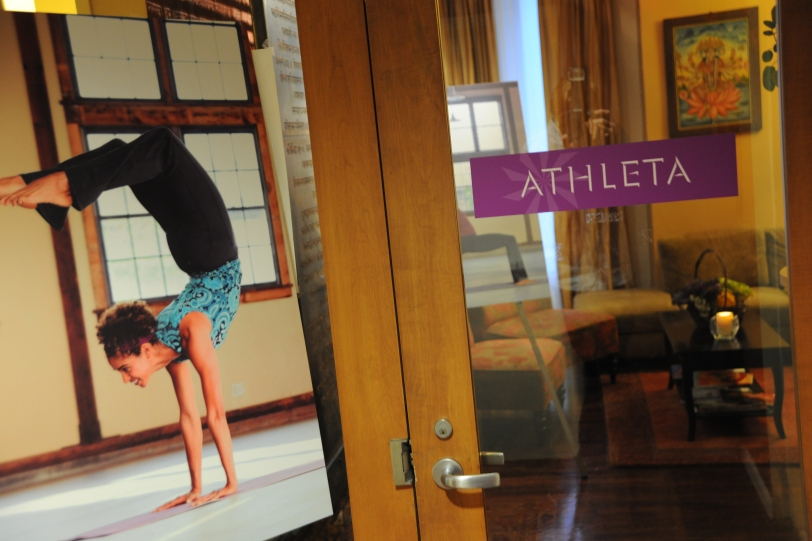 athleta pose